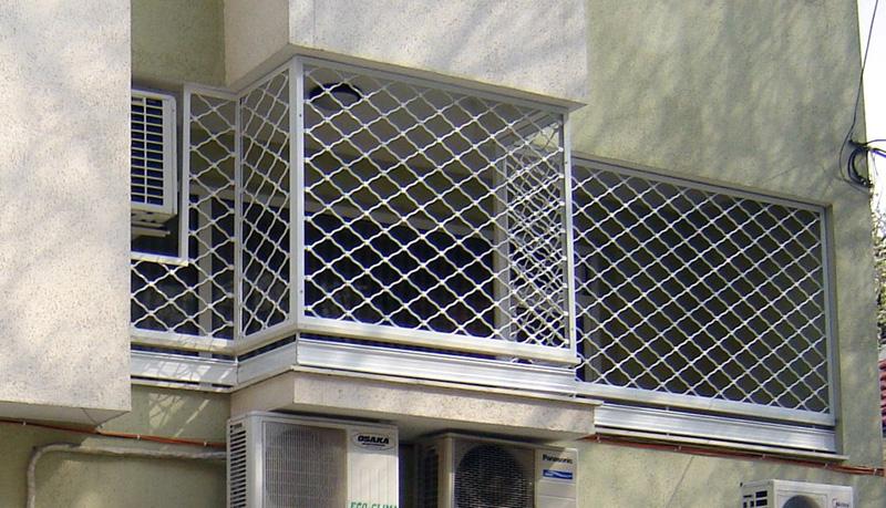 Плетени охранителни решетки